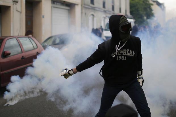 2016-05-26t162310z172708589lr1ec5q19ib65rtrmadp3france-politics-protests.jpg