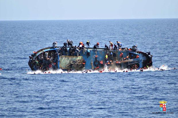 2016-05-25t142115z1620695313s1betgbztbacrtrmadp3europe-migrants-shipwreck.jpg