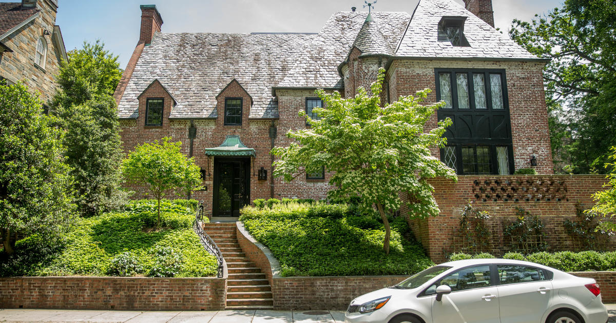 Obamas to rent 9 bedroom house in quiet neighborhood in northwest DC   CBS  News. Obamas to rent 9 bedroom house in quiet neighborhood in northwest
