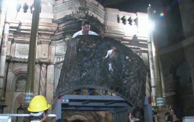 Jesus' tomb in Jerusalem is being renovated