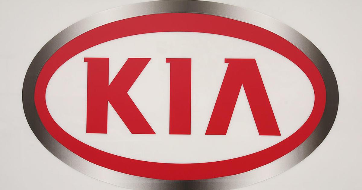 Kia recalls more than 500000 vehicles -- air bag may not inflate thumbnail