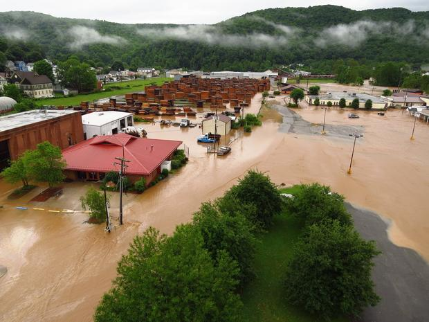 west-virginia-flooding-2.jpg