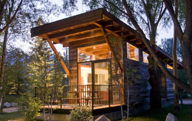 Try before you buy: 10 tiny homes to rent on vacation