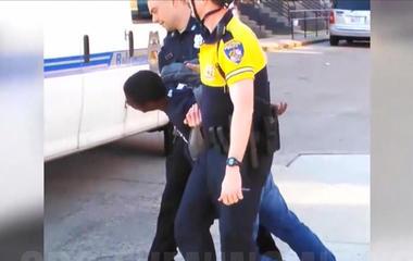 Baltimore drops cases against Freddie Gray cops
