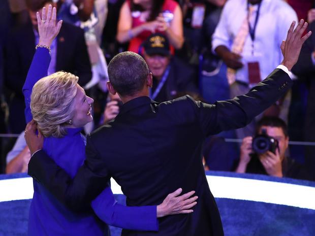 hillary-clinton-barack-obama-getty-583843744.jpg