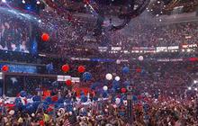 FBI investigates possible hack on Clinton campaign