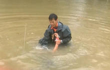 Watch: Dramatic flood rescue in Lousiana