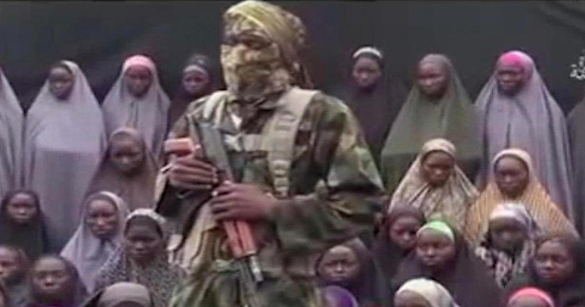 New video allegedly shows kidnapped Nigerian (女子校生)schoolgirls
