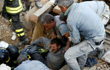 Italy searches for survivors of 6.2-magnitude earthquake