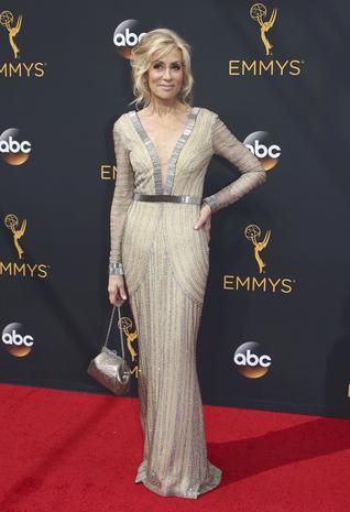 Emmy Awards 2016 red carpet arrivals