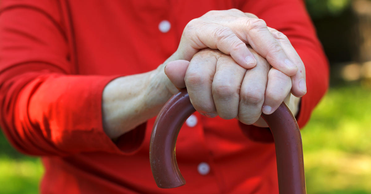 """""""Shaky hands"""" steadier after non-invasive treatment"""