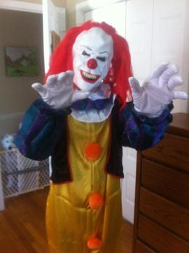 Mother Clarifies Quot Creepy Clown Quot Spotted Around Town Is
