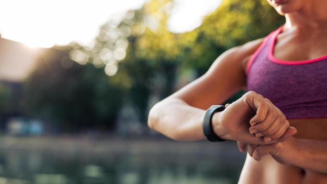 fitness-tracker.jpg