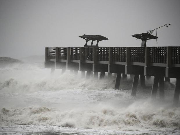 hurricane-matthew-getty-613195388.jpg
