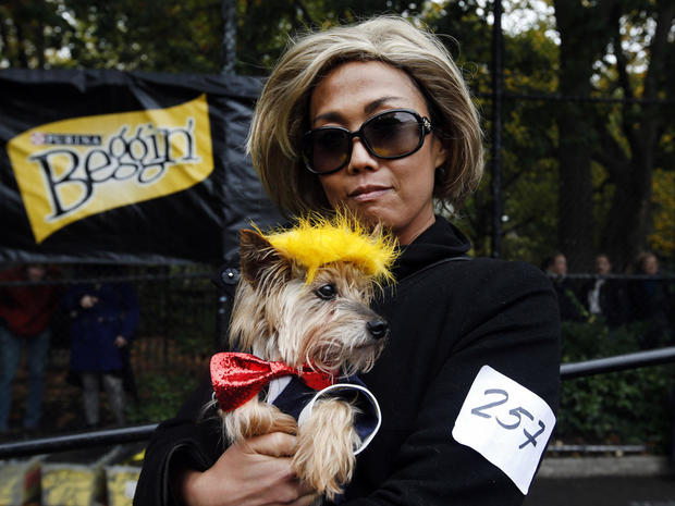 halloween-dog-parade-nyc-ap-744255868242.jpg