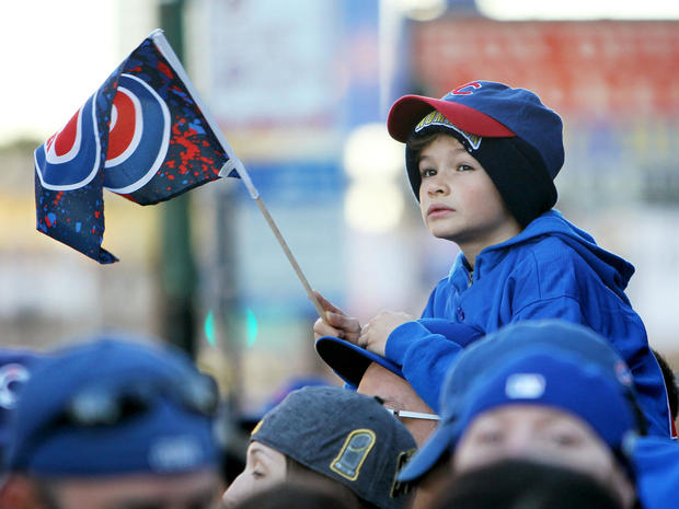 chicago-cubs-world-series-parade-gettyimages-621089644.jpg