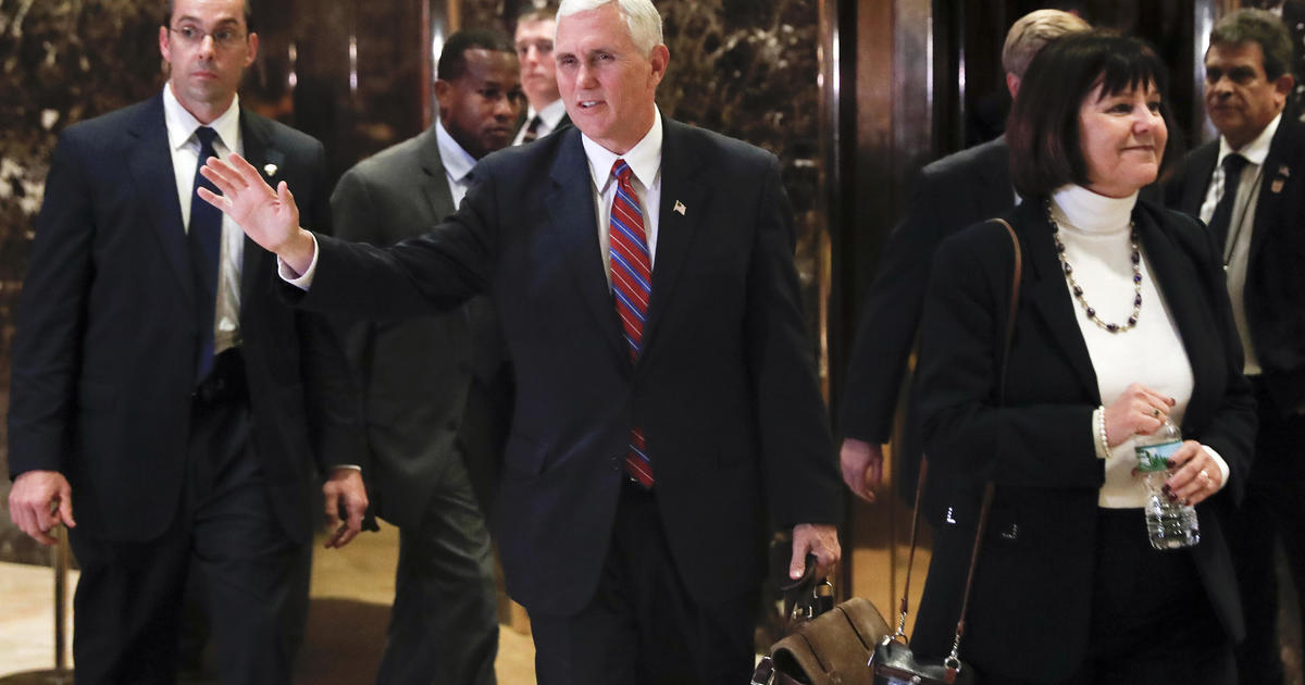 Mike Pence heads Trump's transition efforts, removes lobbyists ...