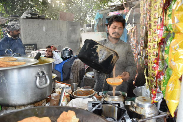india-chaiwala-tea-seller.jpg
