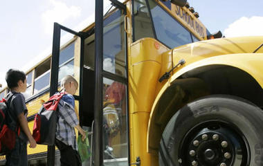 Tennessee crash highlights push for school bus seat belts