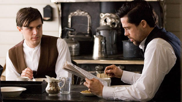 casey-affleck-brad-pitt-the-assassination-of-jesse-james-by-the-coward-robert-ford-620.jpg