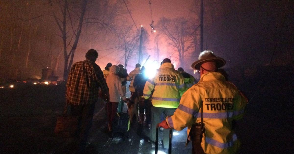 Gatlinburg fire: Pigeon Forge evacuated due to Tennessee wildfire ...