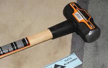 911 calls report NYC sledgehammer attack