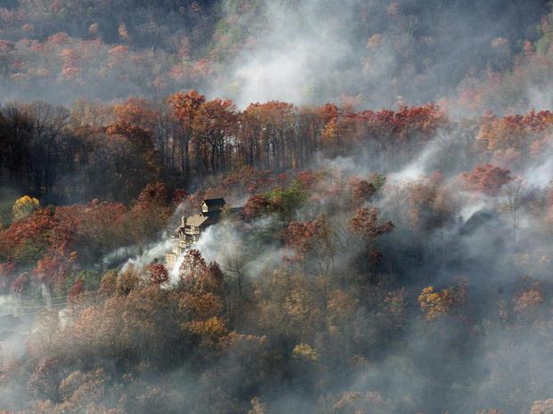 tennessee-wildfire-ap-16335036272338.jpg