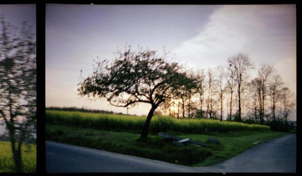 viggo-mortensen-art-moravia-5-2007.jpg