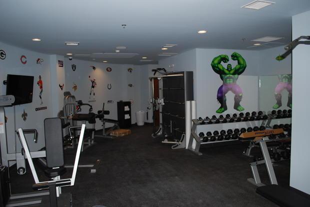 4-kansas-shelter-gym.jpg