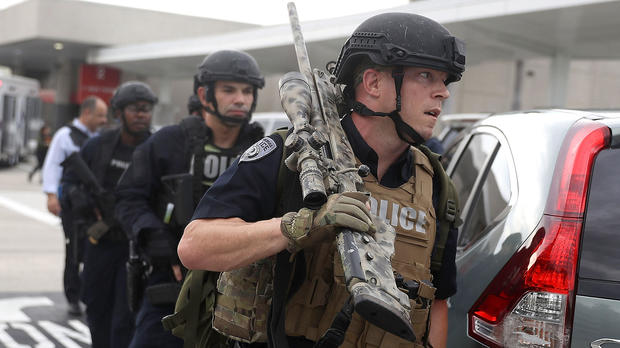 First responders secure the area outside the Fort Lauderdale-Hollywood International Airport after a shooting took place in the baggage claim area on Jan. 6, 2017, in Fort Lauderdale, Florida.
