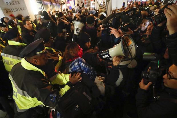 cbsnews-trump-inaugural-protest-7.jpg
