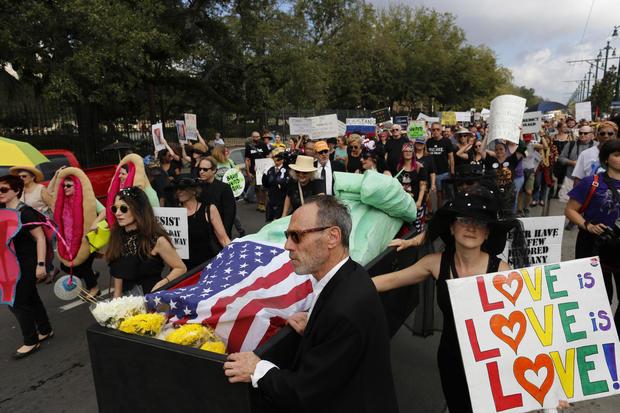 cbsnews-trump-inaugural-protest-b2.jpg
