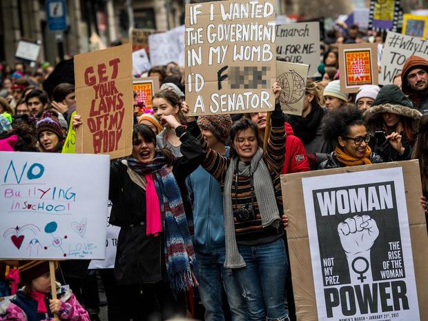 womens-march-barcelona-getty-632280352.jpg