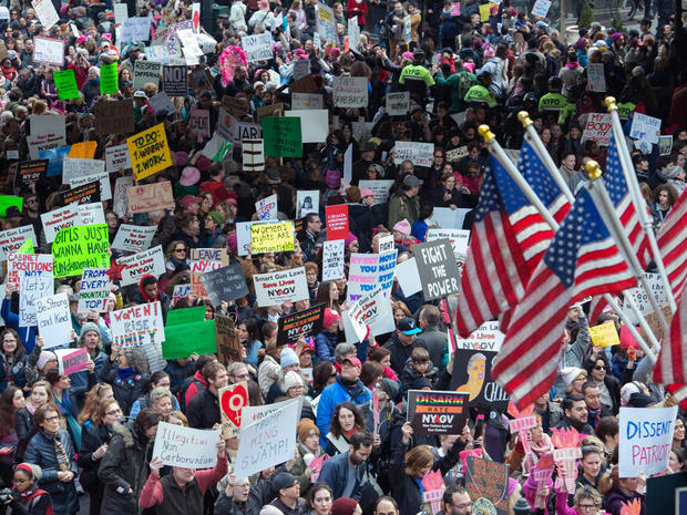 womens-march-new-york-getty-632300506.jpg