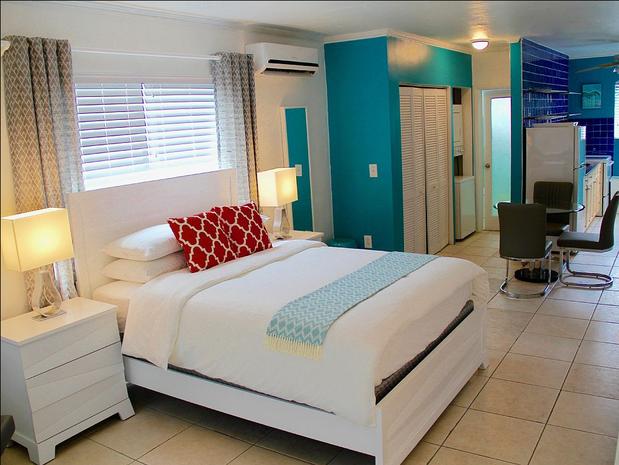 Miami Beach Florida 10 Spring Break Home Als For Under 100 A Night Cbs News