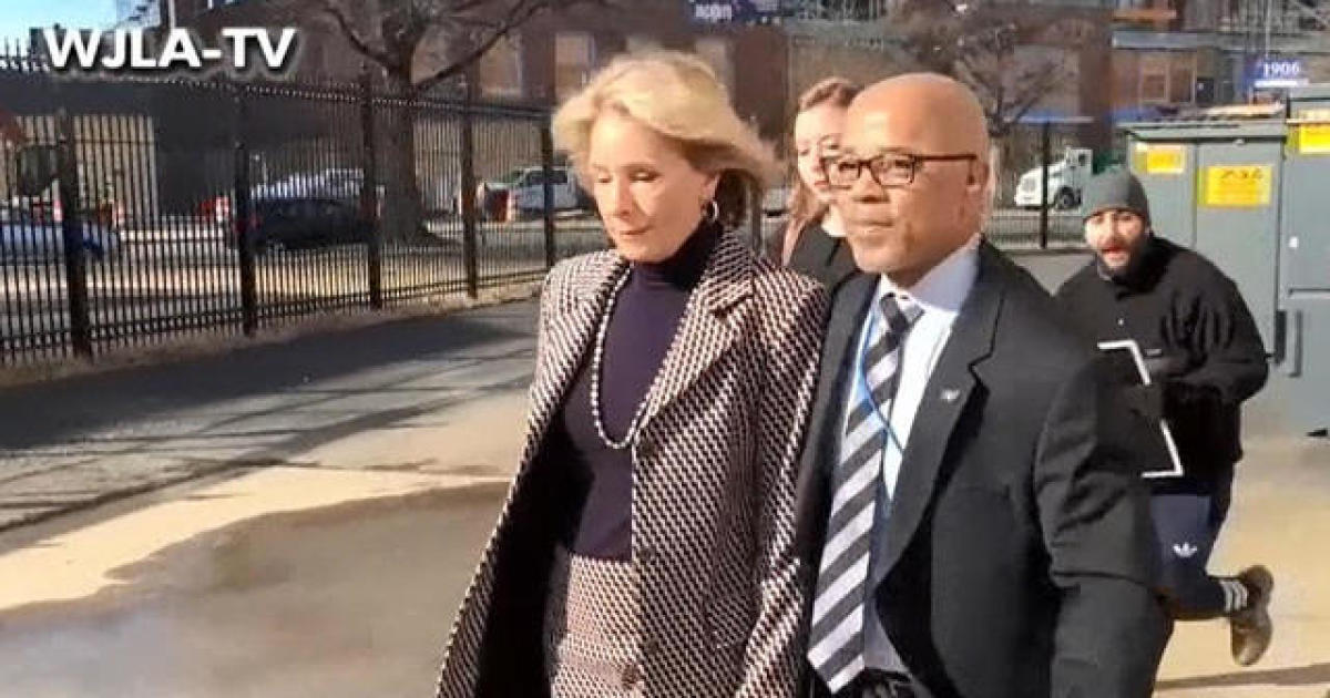 Are Pence And Devos One Two Knock Out >> Betsy Devos Blocked From Entering Washington Public School By