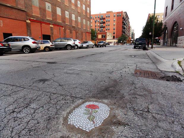 jim-bachor-pothole-art-rose-2349.jpg