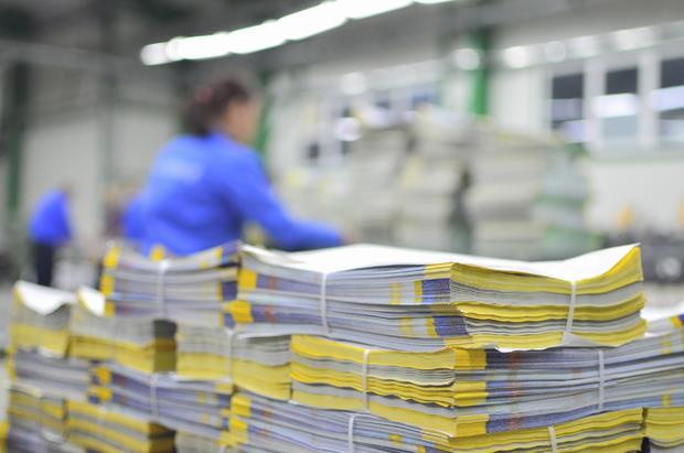 printing-worker.jpg