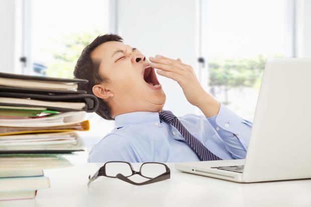yawning-worker.jpg