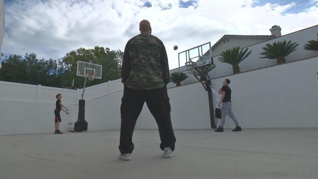 ctm-0317-ball-family-basketball.jpg