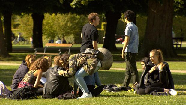 denmark-people-in-park-620.jpg