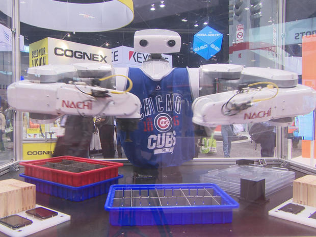 robot-in-cubs-shirt-promo.jpg