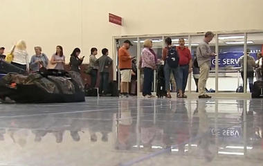 Family makes $11,000 off of Delta delays