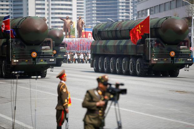 2017-04-15t160540z-1398583714-rc1f2298ce50-rtrmadp-3-northkorea-usa-parade-witness.jpg