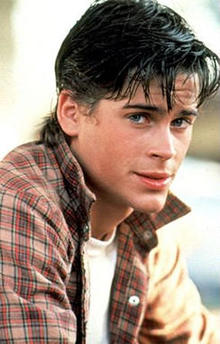 rob-lowe-sodapop-the-outsiders-244.jpg
