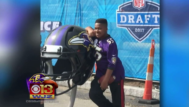 Young Cancer Survivor Gets Wish Fulfilled During Nfl Draft Cbs News
