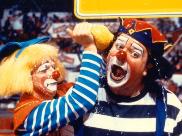 circus-clowns.jpg