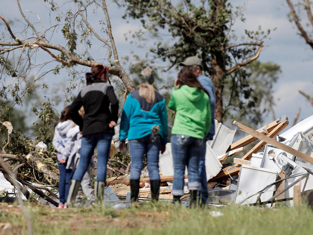 Tornadoes, severe storms strike Texas, Central U.S.