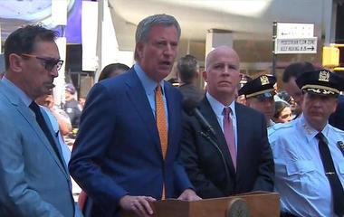 Mayor de Blasio: No indication of terrorism in Times Square crash