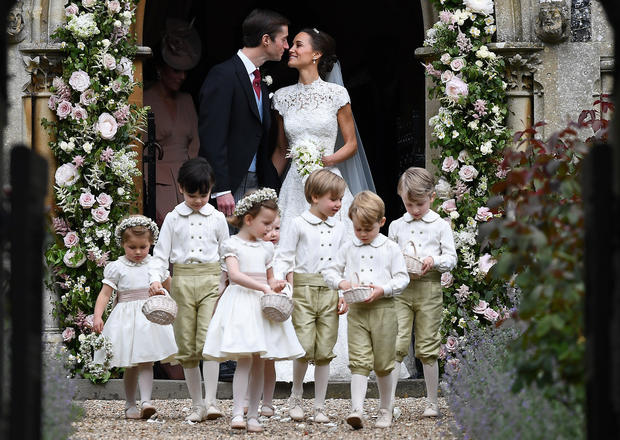 2017-05-20t123835z-1891557151-rc160484be00-rtrmadp-3-britain-royals-wedding.jpg